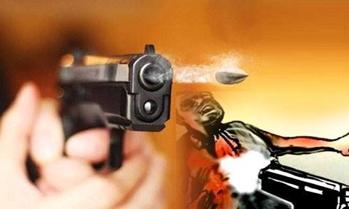 जेवर क्षेत्र पंचायत सदस्य के पिता की गोली मारकर हत्या, इलाके में पुलिस बल तैनात