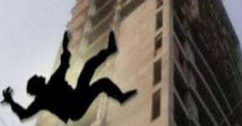 ग्रेटर नोएडा वेस्ट की निर्माणाधीन इमारत से गिरकर मजदूर की मौत
